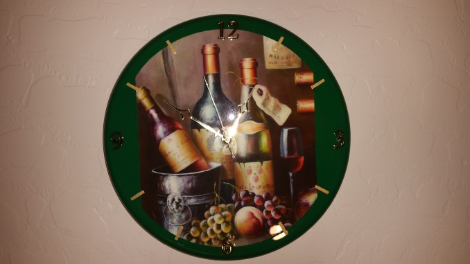 kitchen clock, wine bottle, wine art clock, green, wine bottles, custom clock